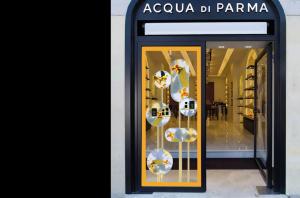 ACCQUA DI PARMA SIGNATURE SHOP WINDOWS Rome